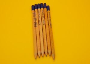 Моливи с лого в 1 цвят.