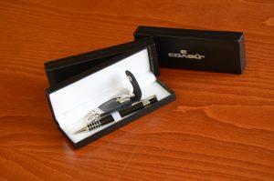 Луксозен комплект - метален химикал с флашка в кожена кутия с печат на лого на кутията в един цвят.